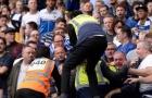 Lampard thất vọng, loạn lớn ở Stamford Bridge buộc an ninh can thiệp