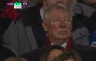 Sir Alex phản ứng ra sao trong ngày Solskjaer đánh bại Mourinho?