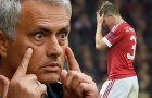 Điểm tin sáng 27/08: Mourinho thách Bayern mua lại Schweinsteiger; Chelsea khoá sổ chuyển nhượng; Inter nổ 2 bom tấn