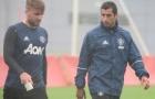 Mourinho: Mkhitaryan và Shaw vắng mặt không phải vì chấn thương