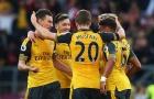 Đối thủ chỉ trích trọng tài giúp Arsenal có 3 điểm