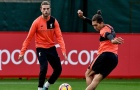 Chùm ảnh: Henderson 'đứng hình' trước kỹ năng điêu luyện của Firmino