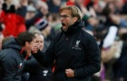 Liverpool lên đỉnh bảng: 'Giáo sư' hậm hực, Klopp cười thả ga