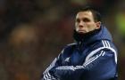 Cựu sao Chelsea bị sa thải khỏi ghế nóng