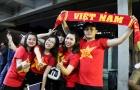 Cận cảnh: CĐV rực lửa trên khán đài cổ vũ cho ĐT Việt Nam