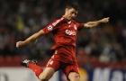 Xabi Alonso thời còn tung hoành Liverpool