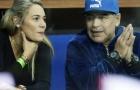 Maradona đầy hạnh phúc đi xem tennis cùng người tình trẻ