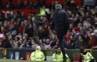 Sốc với án phạt cực nặng dành cho Jose Mourinho