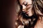 Alessandra Ambrosio - 'thiên thần' mê Barca nồng nàn trong đồ nội y