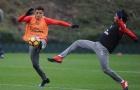 Chùm ảnh: Sanchez sung sức, Arsenal sẵn sàng đấu West Ham