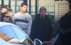 Messi và Suarez 'hẹn hò' đi xem các quý tử đá bóng