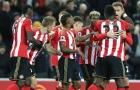 Hạ ĐKVĐ Ngoại hạng Anh, Sunderland của Moyes thoát kiếp 'đội sổ'