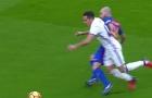 Siêu kinh điển: Trọng tài cướp trắng quả penalty của Real?