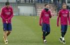 Chiến Villarreal, Suarez, Messi 'luyện' chống đẩy