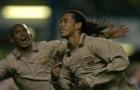 Pha lập công kinh điển của Ronaldinho vào lưới Chelsea