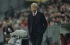 Arsene Wenger tự ra đi hay muốn bị sa thải?