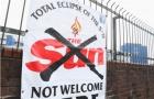 Học theo Liverpool, Everton tẩy chay PV của The Sun vào sân