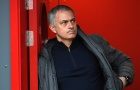 Mourinho đầy căng thẳng quan sát địa hình tại sân Riverside