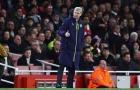 Arsenal muốn giữ Wenger: Sự lý tính điên rồ