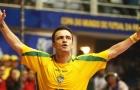 Không thể rời mắt trước kỹ năng của huyền thoại futsal Falcao