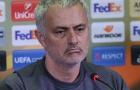 Man United lại nhận tin dữ vì 'virus FIFA'