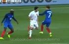 Một mình Sergio Busquets cân cả hàng tiền vệ Pháp