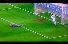 Fernando Torres từng trừng phạt Barca như thế nào?