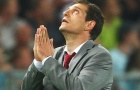 Wenger - Bilic: Cửa tử cận kề