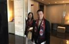Chủ mới Milan dẫn vợ đến San Siro xem Derby