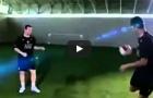 Cristiano Ronaldo biểu diễn Freestyle cùng Wayne Rooney