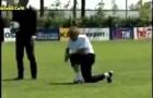 Mourinho đoạt bóng, solo, ghi bàn và ăn mừng