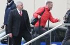 Rooney hớn hở có mặt tại khách sạn Lowry