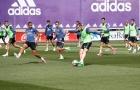 Bale trở lại, sân tập của Real 'bùng cháy' trước thềm El Clasico
