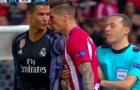 Pha xô xát giữa Fernando Torres với Cristiano Ronaldo