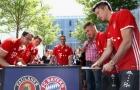 Dàn sao Bayern căng thẳng tột độ với... banh bàn