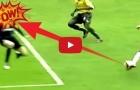 10 pha đỡ bóng bằng mặt kinh điển của các thủ môn