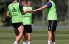 Chuyển động ở Real: Lời chào của Bale và thông điệp từ Khedira