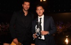 Hazard bảnh bao trong ngày ẵm giải 'Bàn thắng của mùa'
