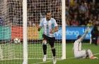 Phung phí cơ hội, Brazil dâng chiến thắng đầu tay cho Sampaoli
