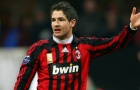 Chán Trung Quốc, Pato 'thả thính' với cả thành Milano