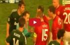 Chiếc thẻ đỏ fan Man United nhớ mãi không quên