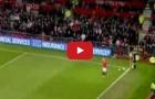 Pha phối hợp đá phạt góc tinh quái của Ryan Giggs và Wayne Rooney
