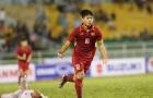 Bầu Đức khích lệ Công Phượng và Tuấn Anh trước trận gặp U22 Macau