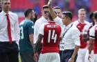 Sanchez vẫy tay chào, Fan Arsenal bắt đầu thấy sợ