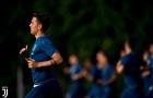 Thua Tottenham, Juventus lao vào tập luyện chờ Siêu Cúp