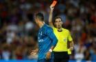 Cấm thi đấu 5 trận, Ronaldo cảm thấy bị ngược đãi