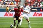 Valencia tính chuyện 'hút máu' Man Utd