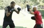 Chán đá bóng, Montella cho toàn đội tập boxing