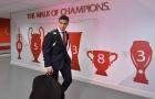 Đồng đội thì hớn hở, Coutinho lại đầy căng thẳng tại Anfield