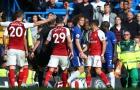 David Luiz bị đuổi, Chelsea cầm chân Arsenal